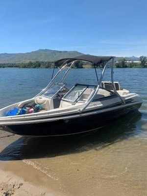 Used Larson LX 950 Ski and Wakeboard Boat For Sale