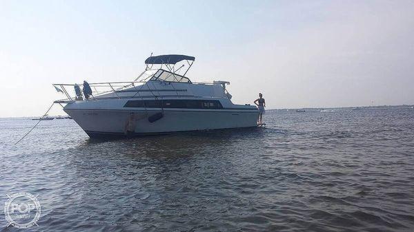 Used Carver Mariner 3297 Express Cruiser Boat For Sale