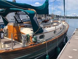 Used Hans Christian 33 T Cruiser Sailboat For Sale
