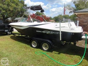 Used Regal Session 22XI Ski and Wakeboard Boat For Sale