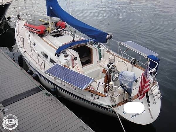 Used Ericson Yachts 32-3 Sloop Sailboat For Sale