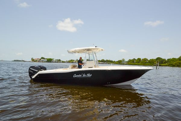 Used Triton 281 CC Center Console Fishing Boat For Sale