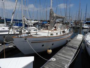 Used Ta Chiao Fantasia 35 Center Cockpit Sailboat For Sale