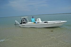 Used Hewes 18 Redfisher Center Console Fishing Boat For Sale