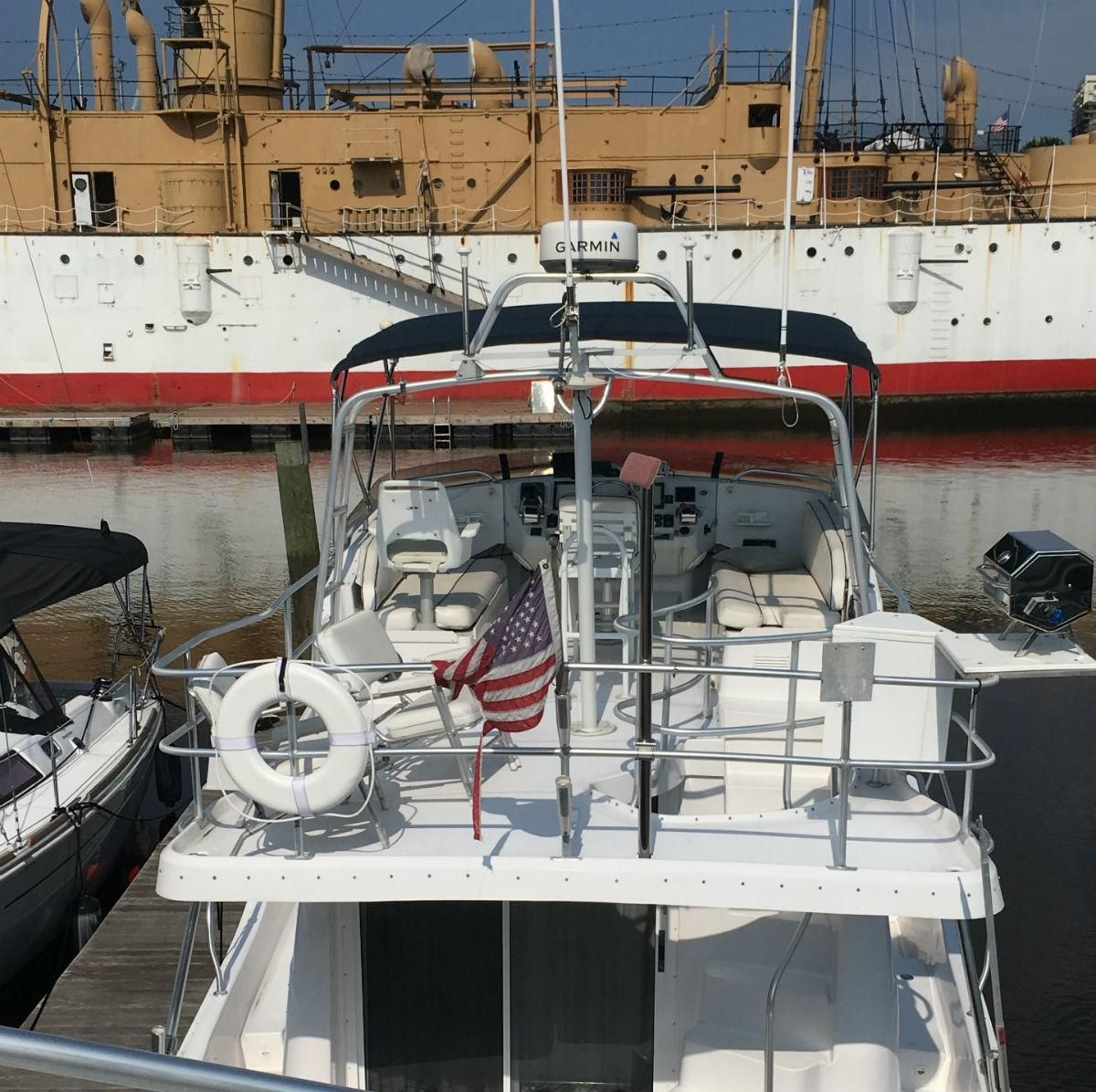 1999 Used Mainship 390 Trawler Boat For Sale - $92,500