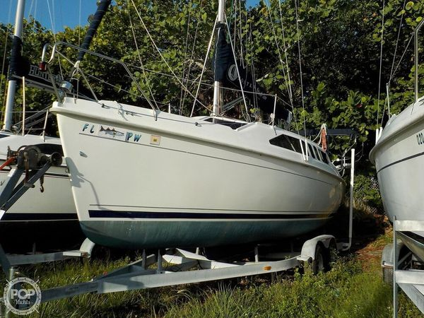 Used Hunter 260 Sloop Sailboat For Sale