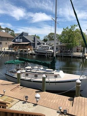 Used Com-Pac 27 Sloop Sailboat For Sale