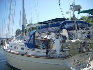 Used Island Packet 380 Cruiser Sailboat For Sale