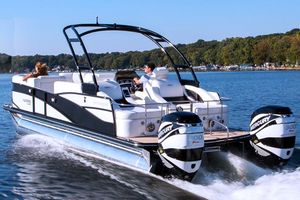 Used Harris Flotebote Grand Mariner SL 250 Pontoon Boat For Sale