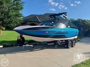 Used Moomba 22 Craz Ski and Wakeboard Boat For Sale