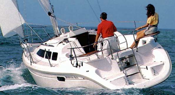 Used Hunter 29.5 Racer and Cruiser Sailboat For Sale