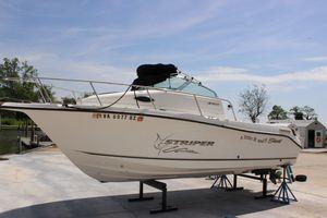 Used Seaswirl Striper 2101 Walkaround I/O Center Console Fishing Boat For Sale