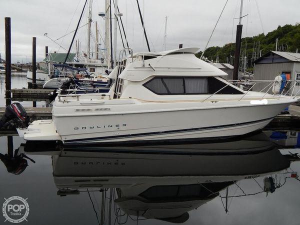 Used Bayliner Ciera 2858 Express Cruiser Boat For Sale