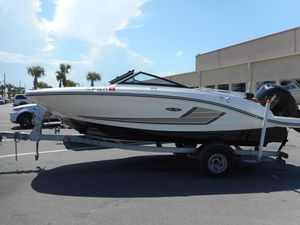 Used Sea Ray 19 SPX Sports Cruiser Boat For Sale