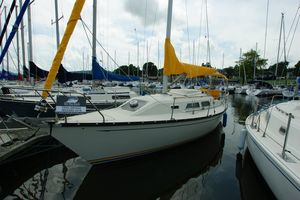 Used Mirage 32 Cruiser Sailboat For Sale
