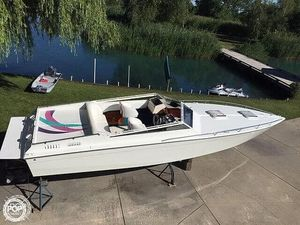 Used Mirage 9 Meter SS High Performance Boat For Sale