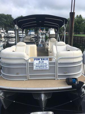 Used Aqua Patio Tritoon Pontoon Boat For Sale