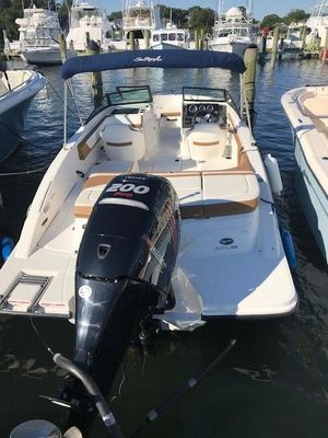 Used Sea Ray 21 SPX Sports Cruiser Boat For Sale