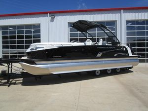 Used Princecraft Vogue 25 XT Pontoon Boat For Sale