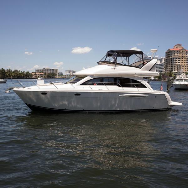 Used Meridian 411 Sedan Bridge Motor Yacht For Sale