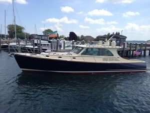 Used Hinckley Talaria 48 MY High Performance Boat For Sale