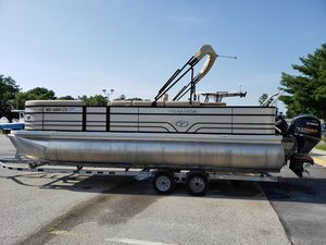 Used Veranda V2275 Pontoon Boat For Sale