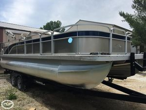 Used Bennington S24 Pontoon Boat For Sale