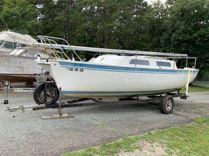 Used Aquarius 23 Daysailer Sailboat For Sale