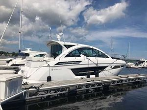 New Cruisers Yachts 50cantius Motor Yacht For Sale