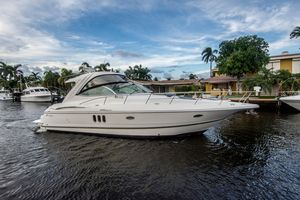 Used Cruisers Yachts 420 Express. Express Cruiser Boat For Sale