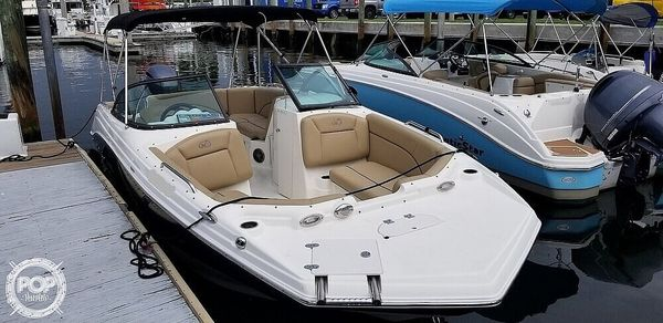 Used Nautic Star 223 DC Deck Boat For Sale