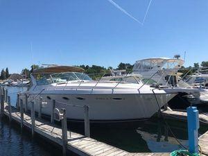Used Wellcraft 4300 Portofino Diesel Express Cruiser Boat For Sale