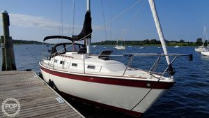 Used Pearson 303 Racer and Cruiser Sailboat For Sale