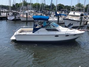Used Slickcraft 2700 Express Cruiser Boat For Sale