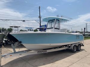 Used Sea Hunt Ultra 255 SE Center Console Fishing Boat For Sale