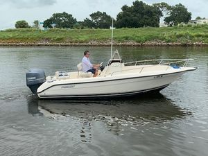 Used Pursuit 200 Center Console Center Console Fishing Boat For Sale