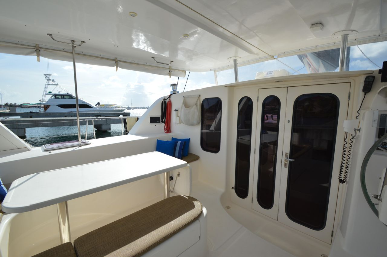 2000 Used Leopard 45 Catamaran Sailboat For Sale - $269,000