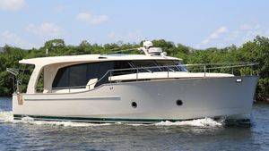 Used Greenline 40 Motor Yacht For Sale