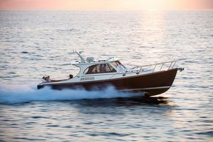 Used Hinckley Picnic Boat 40 High Performance Boat For Sale