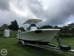 Used Ocean Runner 25 CC Center Console Fishing Boat For Sale