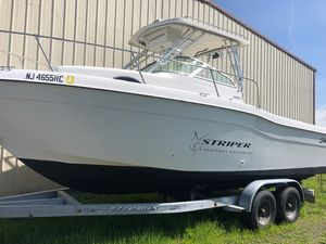 Used Seaswirl Striper 2600 Limited Edition Center Console Fishing Boat For Sale