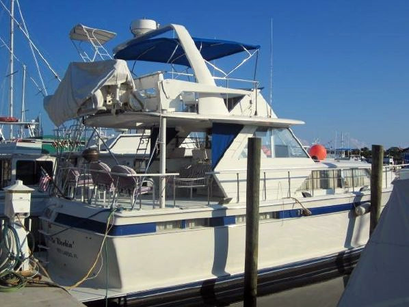 Used Chris Craft Commander 47 Motor Yacht For Sale