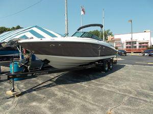 Used Sea Ray 250 SLX Sports Cruiser Boat For Sale