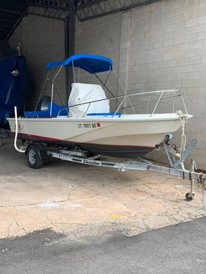 Used Boston Whaler Outrage 18 Center Console Fishing Boat For Sale