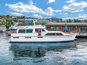 Used Pacemaker Flush Deck Motor Yacht For Sale