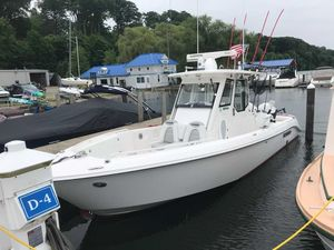 Used Everglades 295 Pilothouse Boat For Sale