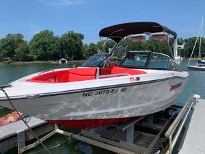 Used Mastercraft XT23 High Performance Boat For Sale