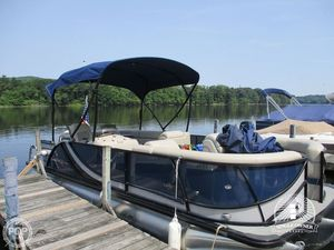 Used South Bay 523CR4G 2.75 Perf Pontoon Boat For Sale