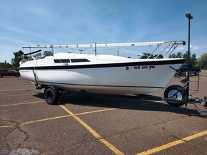 Used Macgregor 26 Cruiser Sailboat For Sale