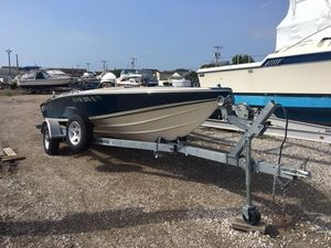 Used Donzi 18 High Performance Boat For Sale